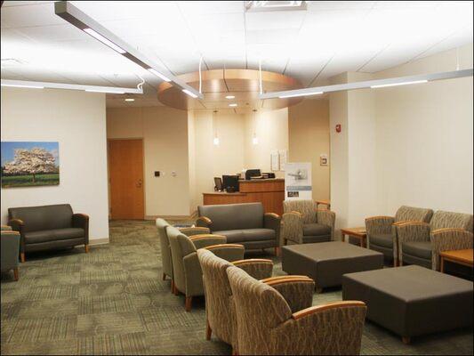 sentara-waiting-room-lighting